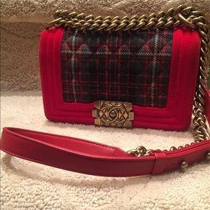 6735c10558fe CHANEL Bags - Chanel Paris-Edinburgh small velvet tartan boy bag
